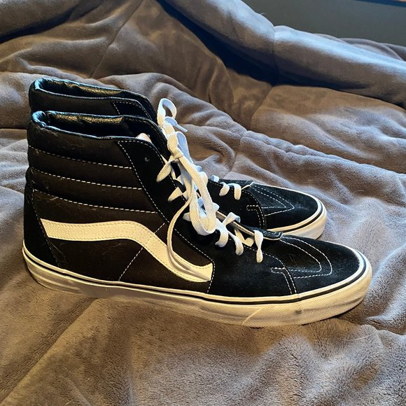 Vans Shoes | Classic Black And White
